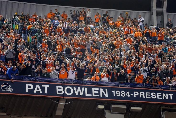 Pat Bowlen buys the Broncos, 1984